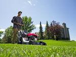 Honda HRU216PKU Lawn Mower
